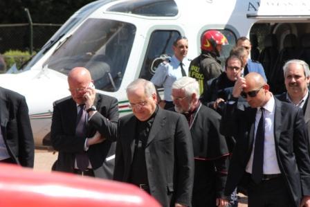 Photo of Aspettando Papa Francesco: Mons. Sapienza atterra a Campobasso per il sopralluogo in vista del 5 luglio (guarda la fotogallery)