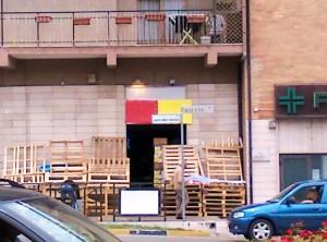 Il negozio dove sono intervenuti i Nas a Termoli