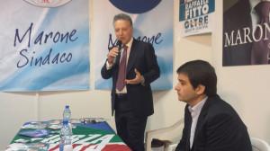 Il candidato sindaco, Michele Marone, con l'onorevole Raffaele Fitto