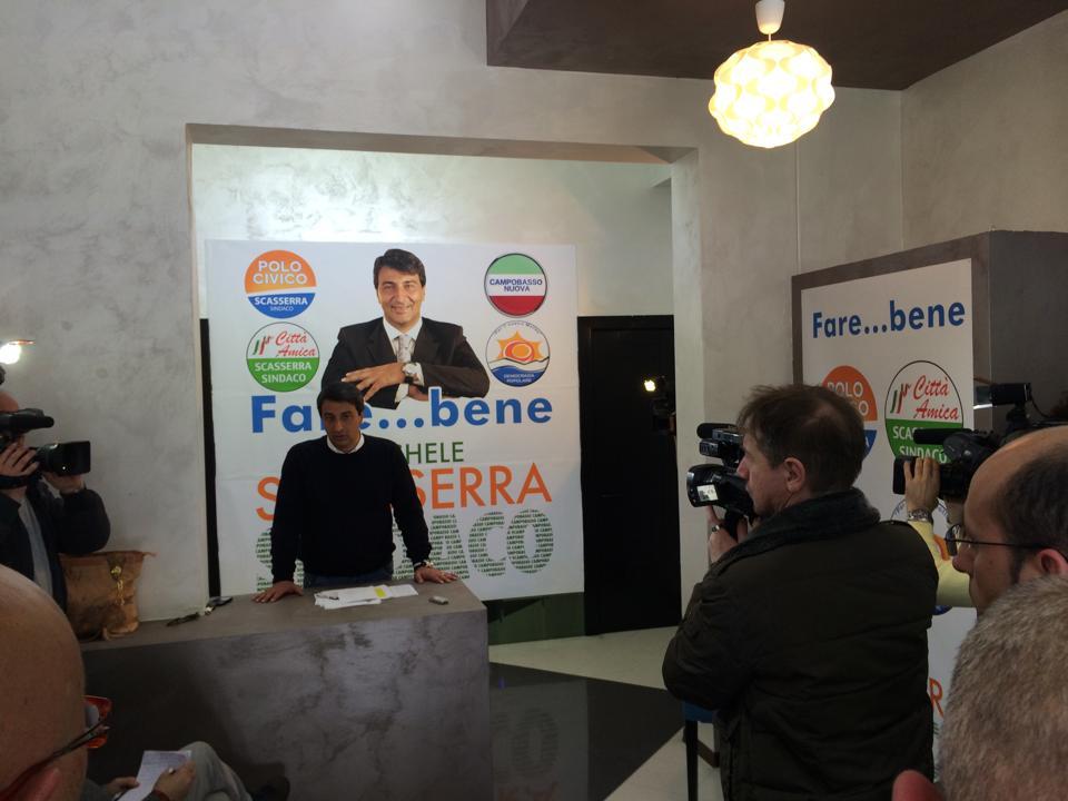 """Photo of Scasserra accende la campagna elettorale: """"Battista ha copiato il programma. Chieda scusa"""". Il candidato del centrosinistra risponde: """"In campo soluzioni innovative ed efficaci"""""""
