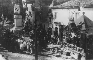 Foto storica Monumento Caduti Riccia
