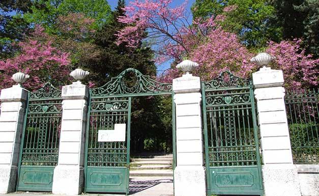 Photo of Nella giornata mondiale contro l'inquinamento e i rifiuti solidi, Villa de Capoa sarà ripulita dai volontari. È stato il quarto parco più votato d'Italia