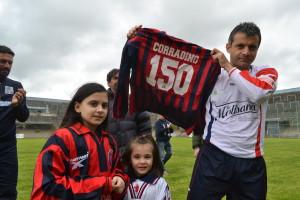 Antonello Corradino, viceallenatore del Campobasso: in questa foto di Riccardo Coccaro nel giorno in cui ha festeggiato le 150 gare da Lupo