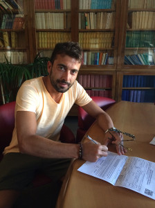 Giuseppe Todino firma il contratto con il Campobasso
