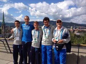Andrea Lalli con il suo allenatore Luciano Di Pardo dopo la ricognizione del percorso a Zurigo