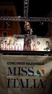 La presentatrice della serata di Miss Italia a Riccia, Lidia Morelli