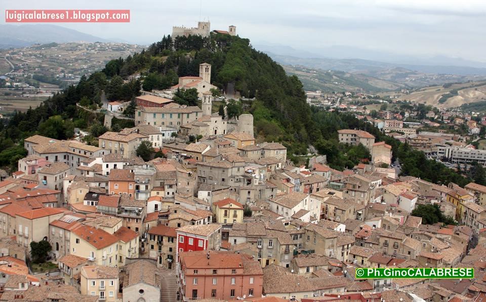 Il centro storico di Campobasso dominato dal Castello Monforte