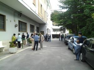 I lavoratori della formazione professionale davanti i cancelli di Palazzo Moffa