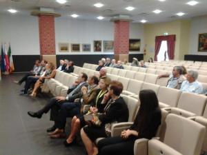 I consiglieri regionali presenti al dibattito: Fusco Perrella, Lattanzio e Cotugno