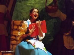 Lara Carissimi nel ruolo di Belle