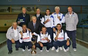 La formazione del Bocciodromo Comunale con il presidente regionale FIB Molise, Giuseppe Bax, con lo staff arbitrale