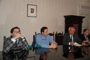 Da destra: l'assessore Facciolla, il Governatore Frattura e il Prefetto Di Menna