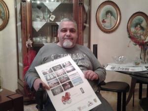 Antonio Tartaglia con il calendario 2015 realizzato dall'Associazione Talenti e Artisti Molisani