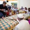 Papa Francesco ha pranzato alla 'Casa degli Angeli' il 5 luglio 2014