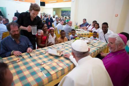 Il 5 luglio 2014 il pranzo di Papa Francesco alla 'Casa degli Angeli' a Campobasso