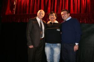 Adriano Ferraiolo tra il sindaco Antonio Battista e l'assessore Salvatore Colagiovanni