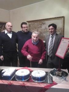 Emiliano Fatica con il nipote Salvatore Colagiovanni e i sindaci Antonio Battista e Luca Fatica