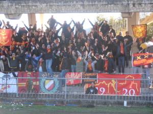 I tifosi del Termoli a Campobasso (foto Del Balso)