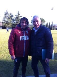 Il commissario tecnico azzurro Antonio Conte e l'allenatore Marco Maestripieri