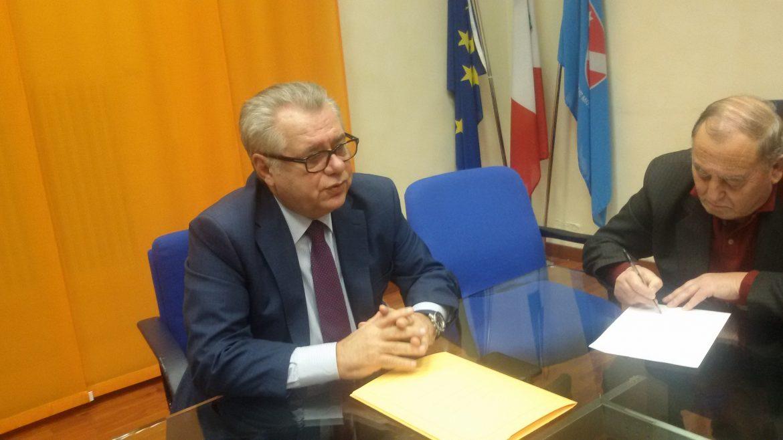"""Photo of Sanità, Iorio indica la strada a Toma e al Consiglio regionale. """"La soluzione è sfidare il Governo e i partiti"""""""