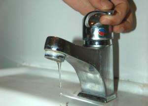 Photo of Lavori al serbatoio, mercoledì 27 novembre rubinetti a secco in numerosi centri