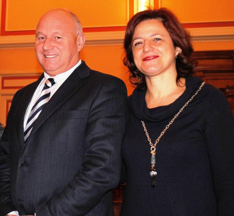 Il sindaco Antonio Battista e il vice-sindaco Bibiana Chierchia