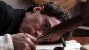 Elio Germano nei panni di Giacomo Leopardi nel film 'Il giovane favoloso'