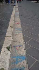 Le postazioni tracciate, con molta probabilità, dagli abusivi lungo Corso Vittorio Emanuele