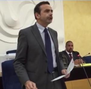 Il Governatore Paolo di Laura Frattura