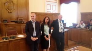Il sindaco Battista, l'assessore Salvatore e il consigliere Molinari durante la conferenza stampa