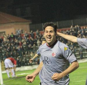 Il centrocampista Michele Valentini