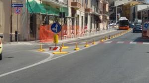 La segnaletica in via Mazzini