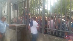 I tifosi del Campobasso a fine partita sfogano la propria rabbia contro il trainer Cappellacci