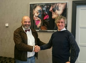 Il consigliere regionale Ioffredi con l'artista Nicola Paolantonio