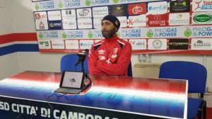 L'allenatore Roberto Cappellacci nella conferenza stampa alla vigilia del match di Avezzano