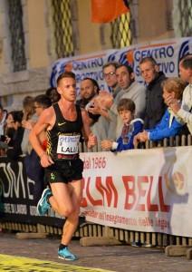 Andrea Lalli durante la gara a Trento