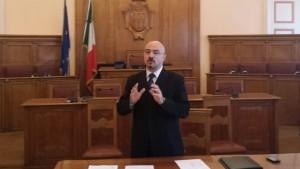 La conferenza del consigliere comunale Francesco Pilone nella Sala consiliare di Palazzo San Giorgio
