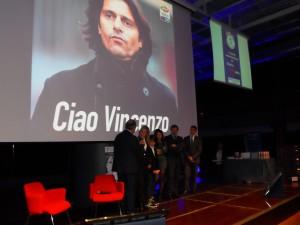 """Un momento della consegna del Premio """"Vincenzo Cosco"""""""