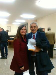 Il neo-presidente della Provincia di Isernia, Coia, con il segretario regionale del PD, Micaela Fanelli