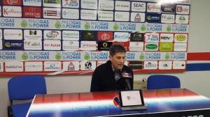 L'allenatore Massimiliano Favo durante la conferenza stampa alla vigilia della partita di Fano