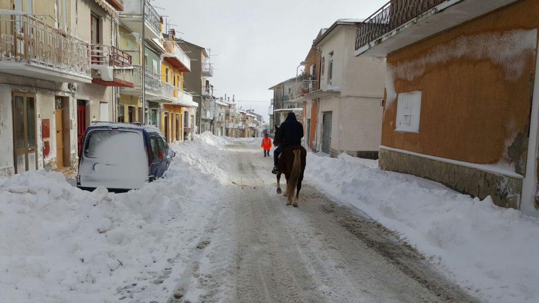 Neve sinonimo di disagi non per tutti a casa l 39 auto in - Sinonimo di diversi ...