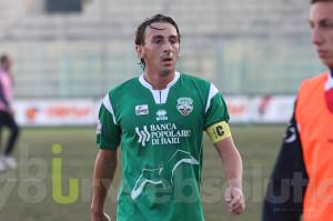 Michele Lanzillotta con la fascia di capitano (foto da bisceglieindiretta.it)