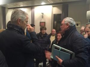 L'ex sindaco Di Brino parla con i cittadini