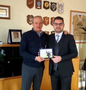 Mario Pietracupa, presidente della Fondazione Neuromed, col giornalista Giuseppe Formato