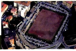 """Lo stadio """"Vecchio Romagnoli"""" dall'alto in uno scatto di qualche anno fa"""
