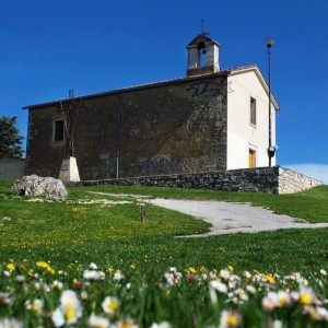 La collina e la chiesa di San Giovannello