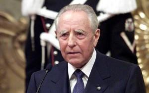 Il Presidente Emerito della Repubblica, Carlo Azeglio Ciampi, si è spento all'età di 95 anni