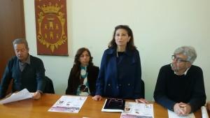L'assessore de Capoa con i medici Terzano e Barone e la presidente di Liberaluna, La Selva