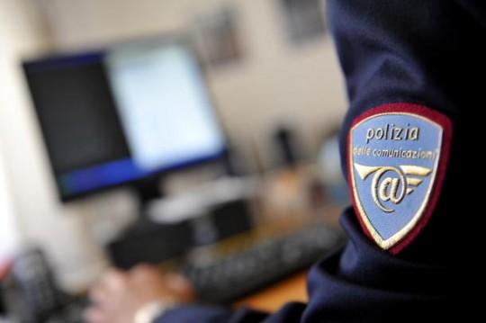 Photo of Ruba il bancomat a un paziente e preleva seicento euro, infermiere denunciato dalla Polizia Postale