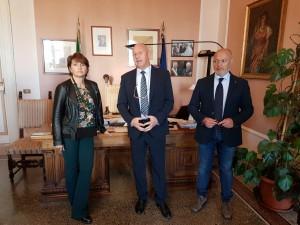 Il sindaco Battista tra gli assessori Rubino e De Bernardo